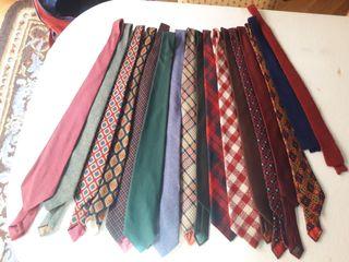 Lote de corbatas lana, seda y algodón