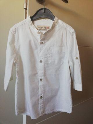 Camisa blanca niño manga larga Talla 104.