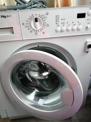 lavadora, apenas sin uso