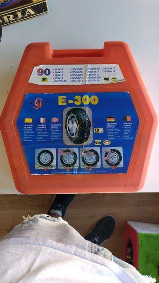 Cadenas para ruedas de la empresa Jope S. A E-300.