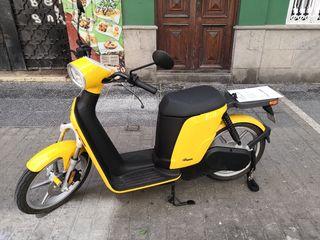 motocicleta Askoll ES1 100% ELÉCTRICA
