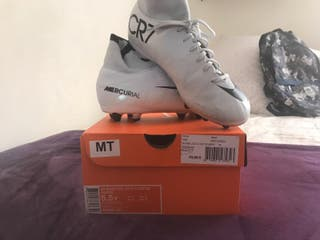 botas fútbol Nike CR7