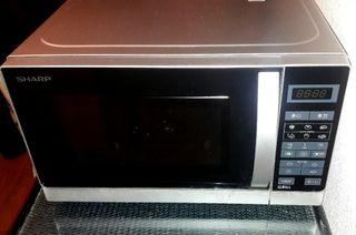 Microondas SHARP R-642INW Grill 20L 800W