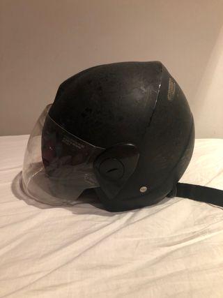 Casco de moto Takachi