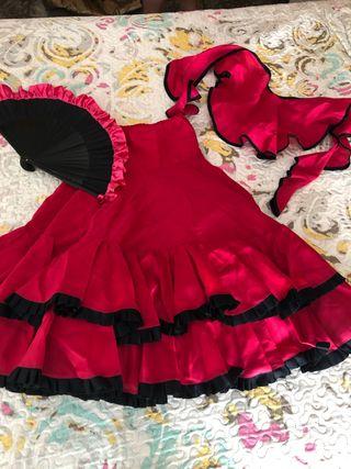 Falda más complementos flamenco