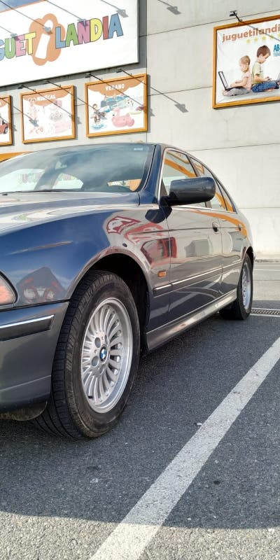 BMW 535i V8 Manual