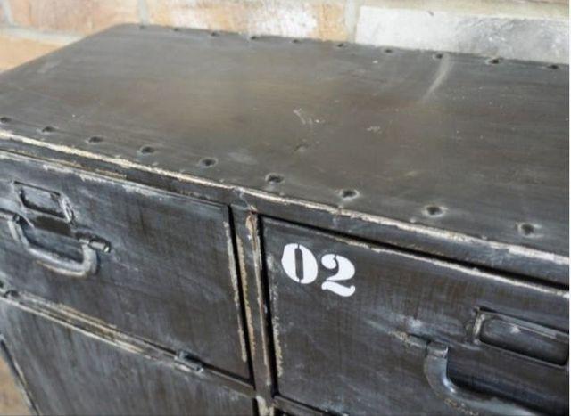 Mueble metálico industrial