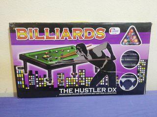 Mesa de billar de juguete