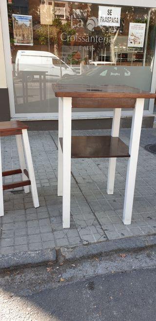 mesas altas de madera