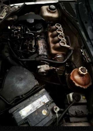 Motor F8Q C 730 y caja de cambios