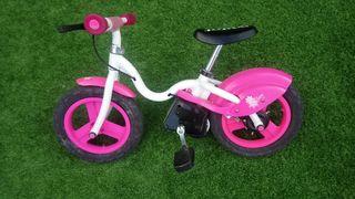 bicicleta equilibrio niña.
