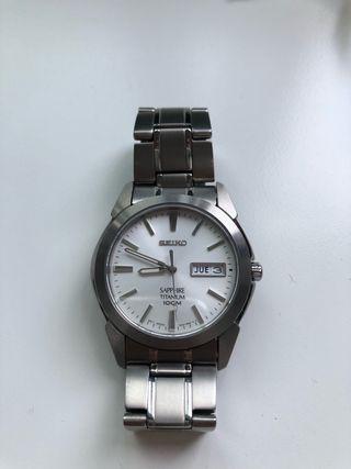 Reloj Seiko Zafiro Titanium 100m