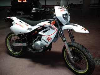 Rieju SMX 125cc 4T ITV 2021 supermotard de serie
