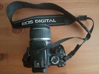 Cámara Canon EOS 400D. Regalo funda extra de Canon
