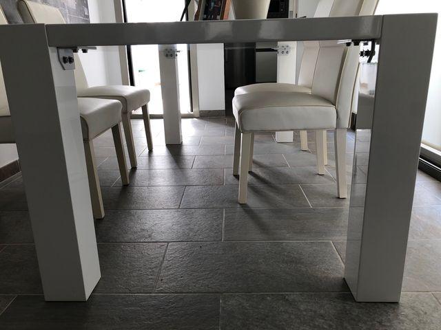 Mesa comedor minimalista Blanca de segunda mano por 350 € en ...