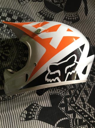 Casco FOX descenso rampage race