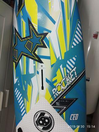 equipo windsurf tabla tabou rocket 125