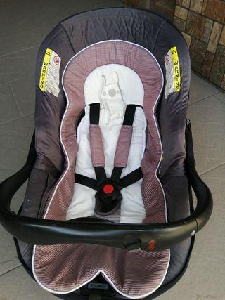 silla de coche y capazo