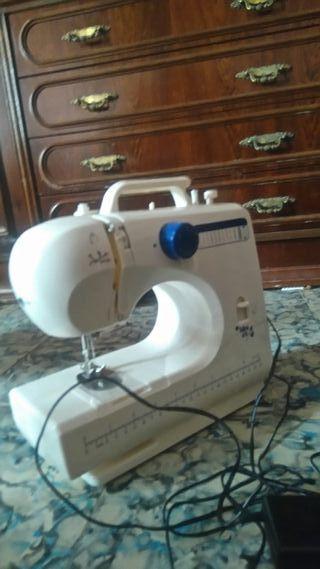 maquina de coser jata