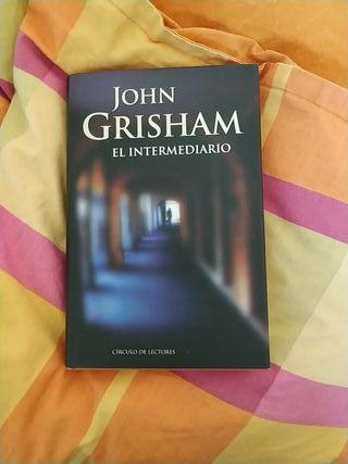 El intermediario, de John Grisham