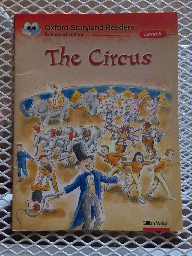 Libro de inglés THE CIRCUS (Oxford)