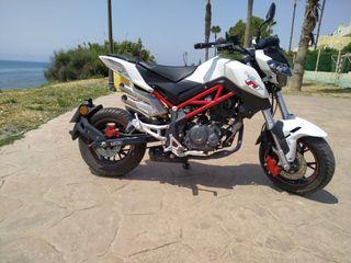 Moto Benelli TnT 125cc