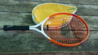 Raqueta tenis pequeña