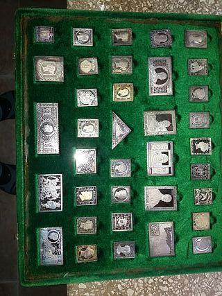 Colección de sellos famosos del mundo.