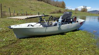 Se vende kayak a pedales Hobie pro angler