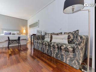 Sofá-cama de KA Internacional de dos plazas