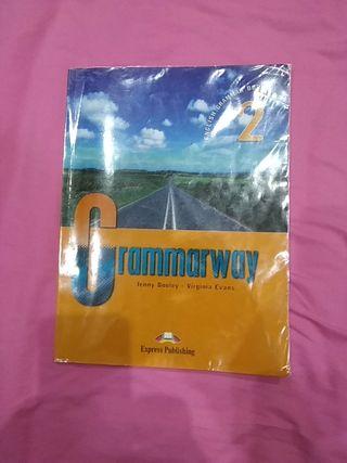 Libro de gramática inglés Grammarway 2