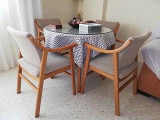 Mesa y silla comedor
