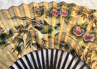 Abanico chino antiguo de más de 2 metros