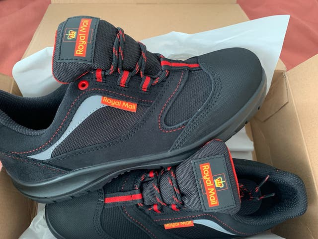 2 x pairs fo safety shoes
