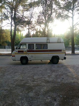 Nissan Trade 2.8 camper