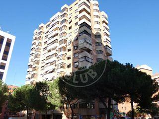 Piso en alquiler en Castilla en Madrid