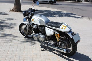Honda CB 750 Four 1977 supersport OHC cafe racer.
