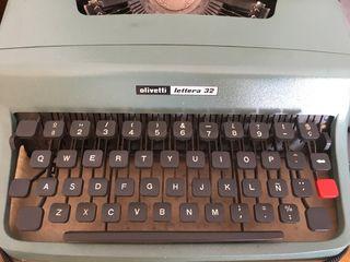 Olivetti lettera 32 maquina de escribir