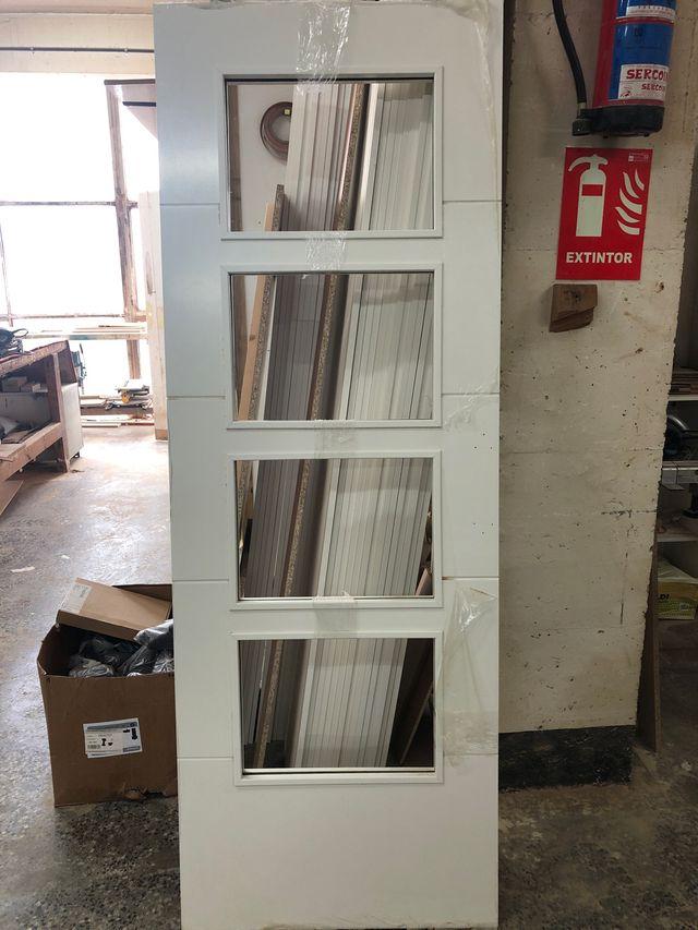 Se vende puertas correderas sin manillas
