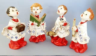 Conjunto 4 figuras monaguillos.