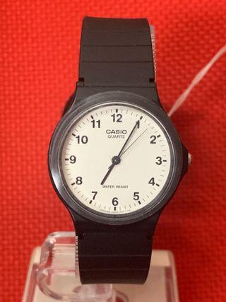 Reloj Casio modelo MQ24 -7BLL