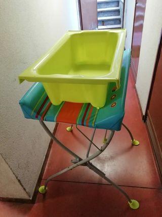 Cambiador y bañera de patas plegables bebe