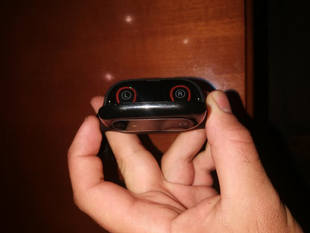 (REBAJADO)Auriculares Bluetooth+pulsera actividad