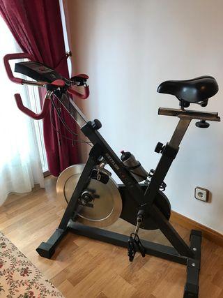 Vendo bicicleta estática de spinning marca Kettler