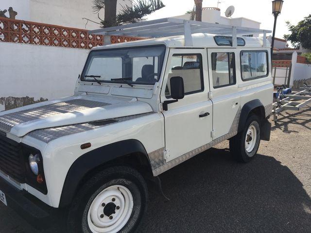 Land Rover Defender 2005