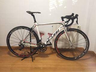 Bicicleta carretera Massi Team