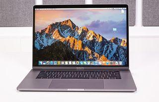MacBook Pro Retina 15'' con TouchBar