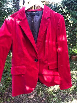Chaqueta roja Zara de segunda mano en Pozuelo de Alarcón en