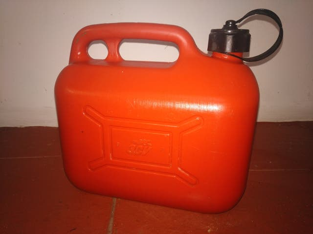 garrafa combustible