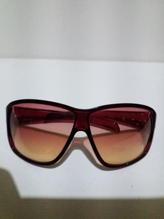 LOUIS VUITTON,GUCCI gafas color rosa transparente